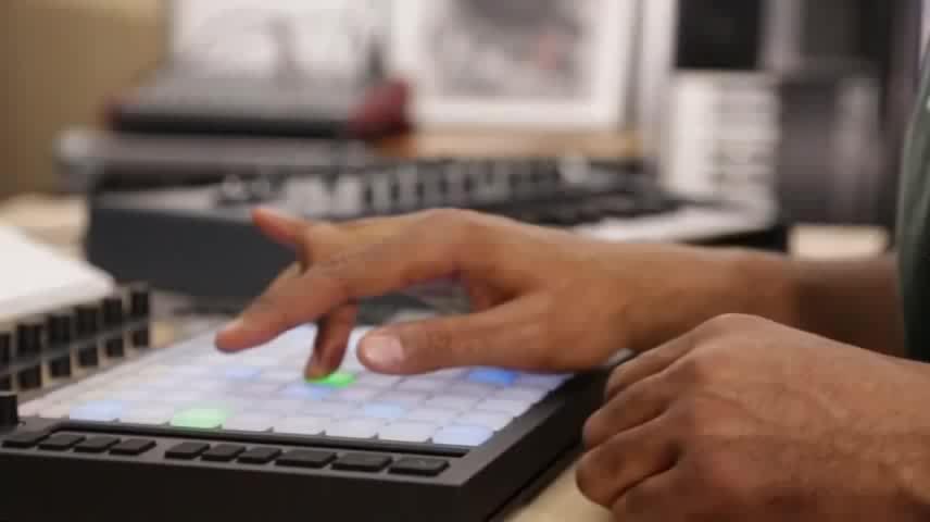 Push: Playing hardware synthesizers