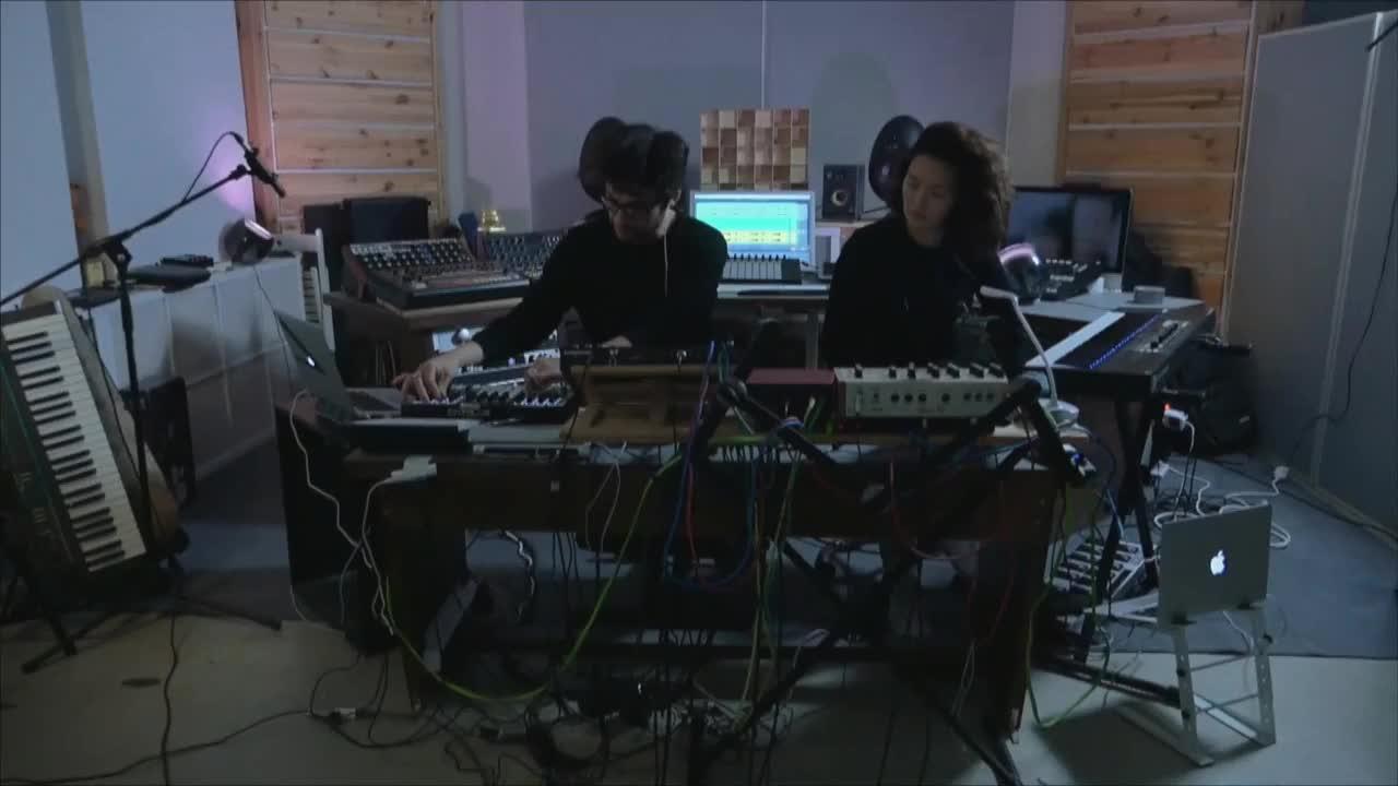氛围电子乐队MATTOKÌND使用Ableton架构的演出