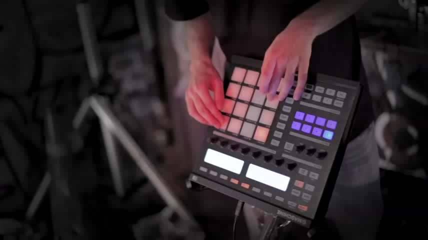 Mr.Invisible using Maschine